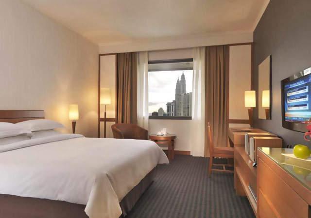 Concorde Hotel Deluxe Room