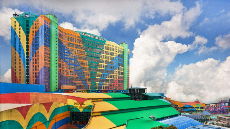 The First World Hotel in Genting Highlands, Malaysia by Benson Kua flic.kr/p/6yCUGy